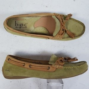 Born BOC Green Suede Moccasin Loafer Flats